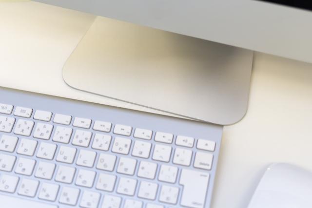 パソコンとキーボード