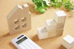 家の積み木と電卓